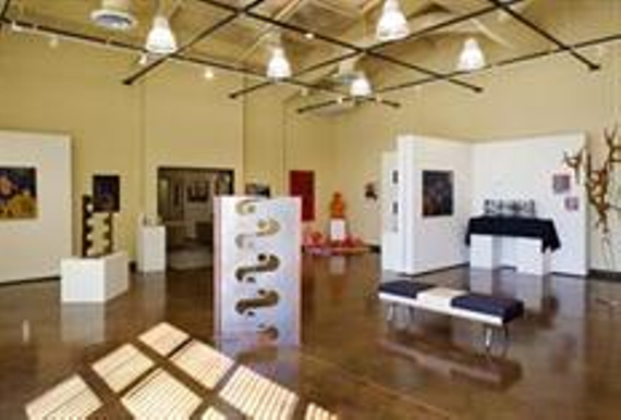 """ARTful Women: Six Voices in Cloth"""" Exhibit at Gallery at 48 Natoma"""