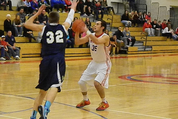 Joe Coskmay (35) scored 10 points against Windham.
