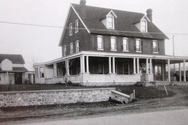 Conner's Store served as the Centreville post office from 1900 to 1948. The building was moved in 1920 when Kenett Pike was widened.