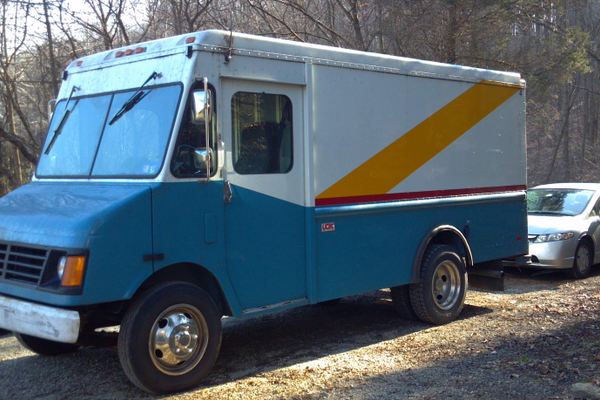 The Nomadic Pie truck before renovations.