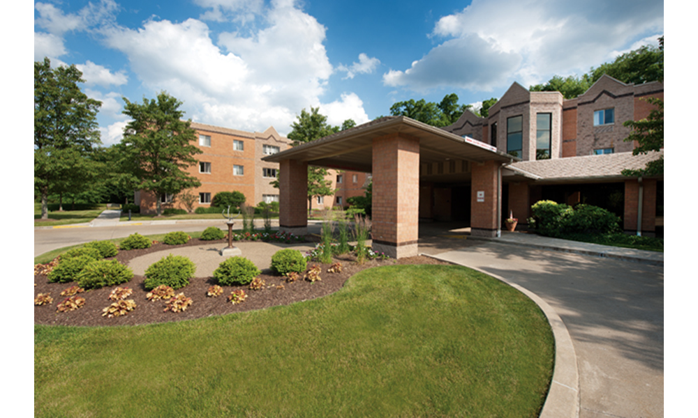 Residents Enjoy a Wide Range of Living Options at UPMC Senior
