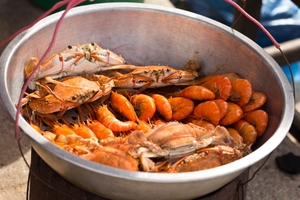 Medium_seafoodfeast-i-val