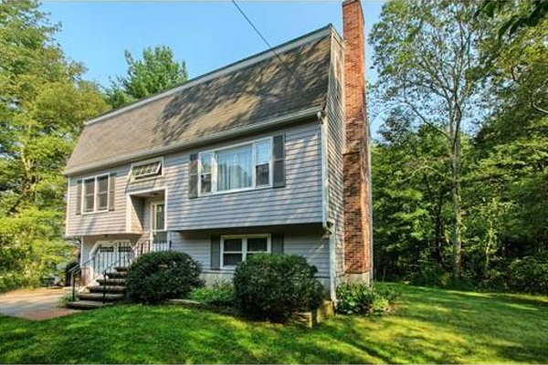 1087 Shawsheen St., Tewksbury, $439,000, Open House, Sunday, Sept. 13, 1 to 2:30 p.m.