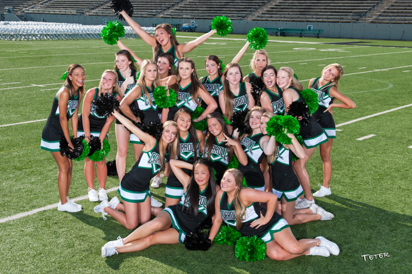 2015 Dragon Cheer. Photo by Rex Teter.