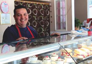 Culinary Artist Baker Jose Sanchez - Nov 18 2015 0105PM