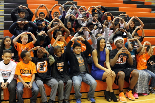 Osseo Senior High Sno-Daze Pepfest 2016