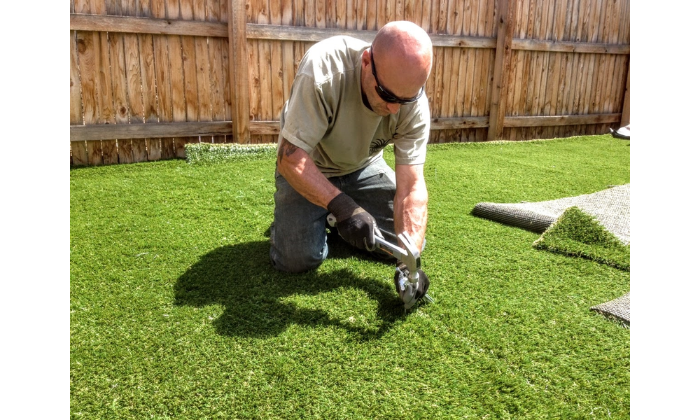Artificial fake synthetic grass installation contractors companies installers coloradosprings co lawnpros 719 963 6267. 313