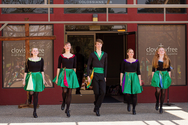 CalArt's Irish Dancers.