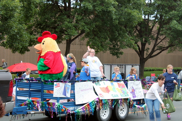 Primrose School of Maple Grove at the 2016 Maple Grove Days Pierre Bottineau Parade along 89th Avenue Thursday, July 14