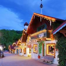 Annual Lighting of the Alpine Helen Village - start Nov 25 2016 0600PM