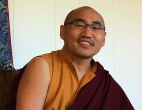 Medium rinpoche