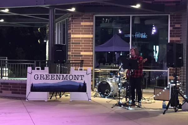 Local band Greenmont provides music to the shoppers at the holiday market. (Andrew Mollinet/Sugar House citizen)
