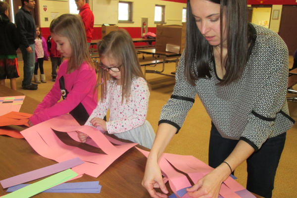 At one table, families made placemats to accompany lunches from Hillendale.