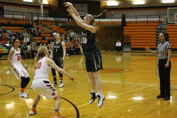 Junior Hope Higgs puts up a 3-pointer against Murray on Jan. 17. (Travis Barton/City Journals)