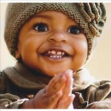Medium baby clapping1 1024x1024
