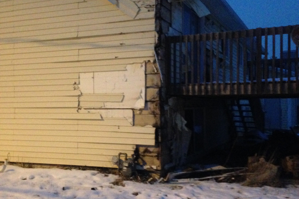 Damage to homes during a fire incident on Jan. 11. (Mylinda LeGrande/City Journals)