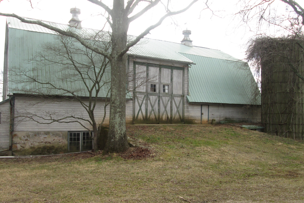 The barn on the property is large, and could be turned into a space for groups.