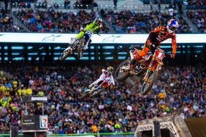 Medium supercross 202