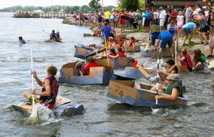 Medium carboard 20boat 20regatta 20px