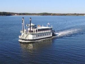 Medium riverboat fromsbrweb 800x600