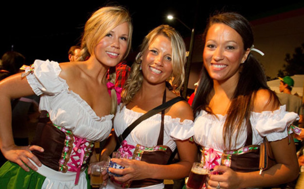 14_09_featured-642-KemahOktoberfest2014