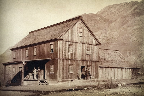 Historic photo of Knudsen flour mill. (Hughes General Contractors)