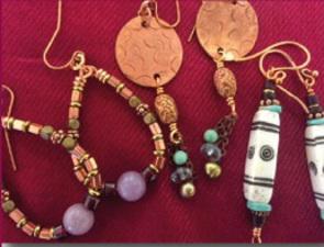 Medium jewelry workshop earrings