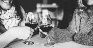 Medium drinking wine
