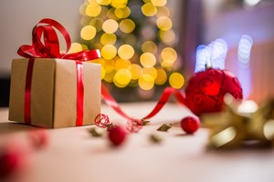 Tips to Reduce Holiday Spending without Cutting Back on Cheer - Dec 11 2017 1056PM