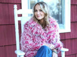 Joan Osborne Songs of Bob Dylan - start Feb 15 2018 0730PM