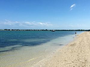 Causeway Beaches - Sanibel FL