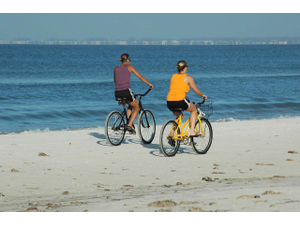 Riding the Islands Bicycles Offer an Appealing Alternative to Sitting in Traffic - Apr 25 2018 0959AM
