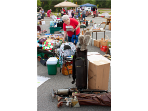 Flea Market in Fairlee - start Jun 09 2018 0730PM