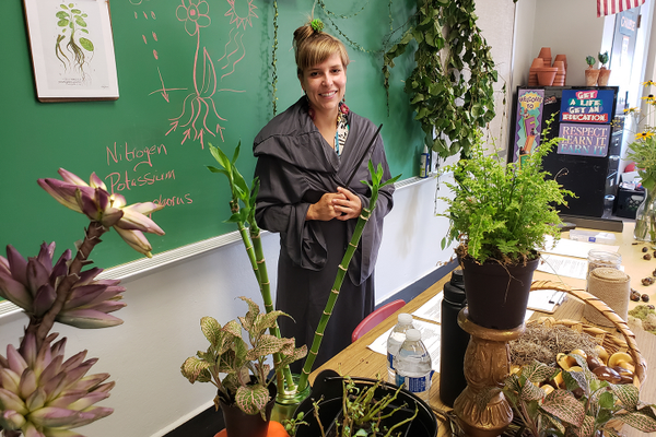 Alyssa Crawford, the garden and youth coordinator at North Hills Community Outreach, shared her knowledge of plants during the herbology class at Flamecrest Academy