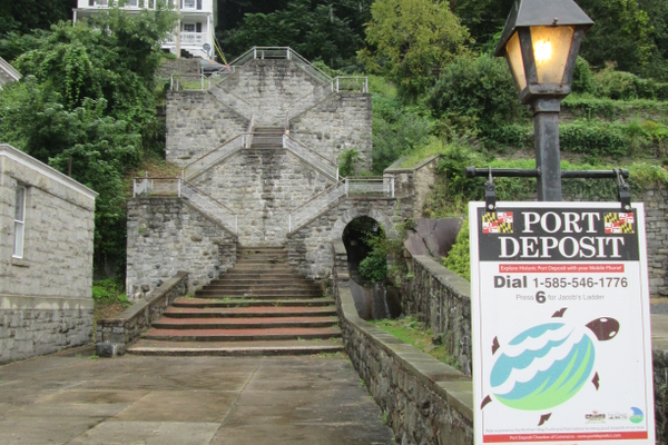 Built in the early 1900s as an approach to the Tome School for Boys, these 75 stone steps provide a dramatic overview of Main Street and the Susquehanna. A channel to the right holds a stream.