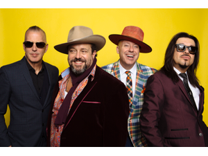The Mavericks - start Jun 06 2019 0730PM