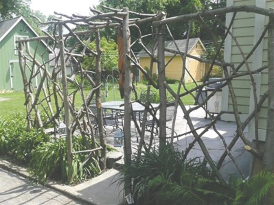 Natural weaved branch entrance arbor
