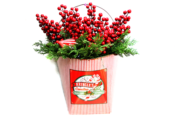 Kringle's Candies Wall Bucket