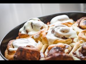 Date Night Cinnamon Buns  - start Jan 02 2020 0600PM