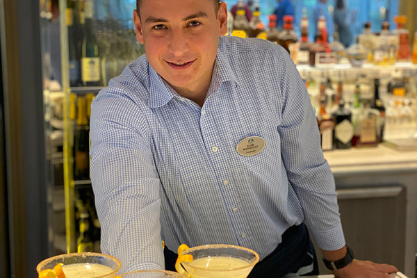 Barkeeper, Elod serving up cocktails