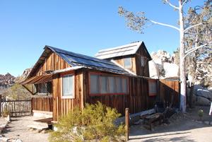 Medium desert queen ranch   house