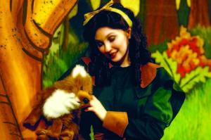 Medium snow white   brochure pic